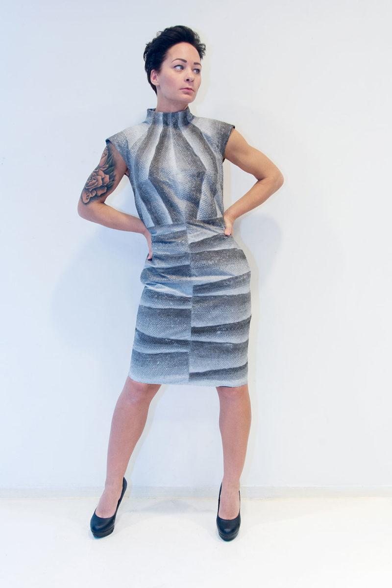zalmleer kleding van Map Renes